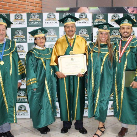 UDABOL otorga título Doctor Honoris Causa al Rector de Universidad Benito Juárez de México
